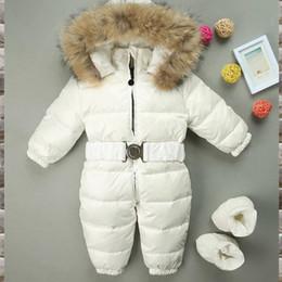 2020 casaco de neve menino 2018 novo inverno macacão de bebê engrossar além de neve de veludo snowsuit neve desgaste casacos menino quentinho pato para baixo roupas de menina bodysuit desconto casaco de neve menino