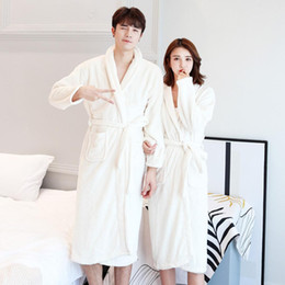 2018 Winter Warm Coral Fleece Bath Robe Solid Long Sleeve Couples Bathrobes  Male Female Thicken Home Wear 9982b9bf1