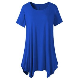 Wholesale women handkerchief cotton - 2018 Plus Size Summer Bluses Women Handkerchief Hem Line Short Sleeve Lightweight Knitting Tunic Tops O-Neck Casual T-shirts CHD012