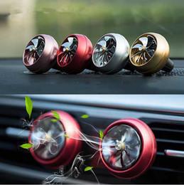 Drop Ship Air Fresher Outlet Évent Hélice Vent Car Styling Perfume avec des lumières colorées Car Accessoires Air Conditioner MINI ventilateur ? partir de fabricateur