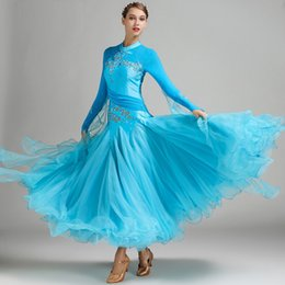 Девушки вальсируют в платье онлайн-New Arrival Ballroom Dancing Costumes Girls Modern Dance Dress Lady Waltz Tango Dancing Uniform Dance Costume 9 Colors B-6140