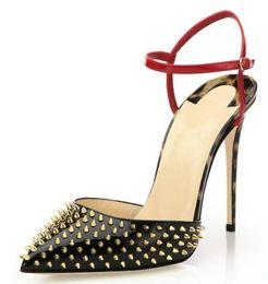 Argentina Parte inferior roja para mujer moda para mujer hechos a mano 10 cm remaches picos Slingback sandalias de tacón alto del partido de noche vestido de estilete zapatos C009 Suministro