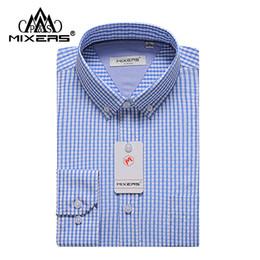 Chemises habillées en fibre de bambou en Ligne-Marque 2018 Nouveau Tissu Hommes Chemises À Carreaux À Manches Longues 50% Bambou Fiber Hommes Bleu Chemise Classique Fit Chemise Décontractée Hommes Grande Taille