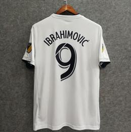 ^ _ ^ Toptan 2018 Galaxy futbol formaları home away hayranları sürümü özel ad numarası Ibrahimovic 9 futbol giyim futbol gömlek nereden