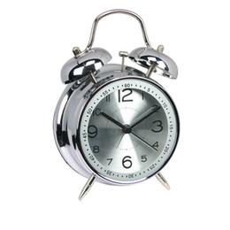 4 pouce Métal muet double cloche étudiant créatif réveil classique Double Cloche Silencieux No Ticking Bureau Table Réveil Chambre Bureau Lit ? partir de fabricateur