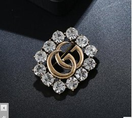 Argentina emiel Bowties Breastpin Velvet Pearl Fabric Metal Pins y Broches Jeans Accesorios Collar Decoración Traje Lapel Ladies Suministro