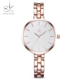 c3c2f2e457f Compre Shengke New Mulheres Pulseira De Pulso Relógios Simples Meninas Moda  Genebra Relógio De Quartzo Feminino De Luxo Relógio De Pulso 2018 Relogio  ...
