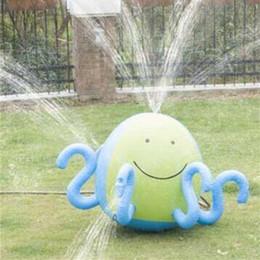 шарики вода Скидка Надувной пляжный мяч осьминог игрушка, которая может распылять воду летом аэрозольный баллон на открытом воздухе газон играть игрушки шары для детей 45rx W