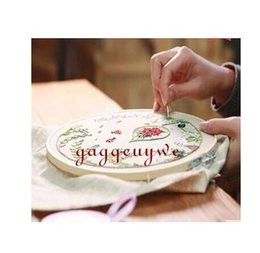 Wholesale Finished Wood Products - Gagqeuywe Beginner diy hand embroidery three-dimensional cloth embroidery material with wood embroidery hoop not the Finished product
