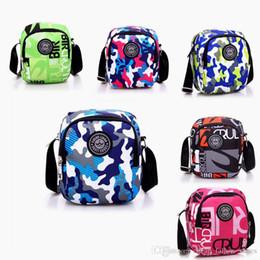 Wholesale messenger product - Wholesale hot products luxury handbags camouflage single shoulder messenger bag outdoor leisure designer bag free shopping