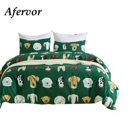 Двухместные постельные принадлежности онлайн-Различные милые собаки печатных постельных принадлежностей Набор глубоких зеленых одеял для одеяла и наволочки кровати Twin Queen King Size