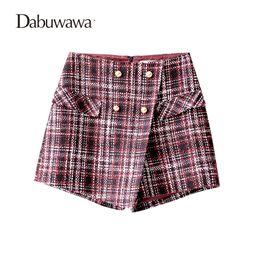 Wholesale wool skirts vintage - Dabuwawa Wine Red Short Women Plaid Vintage Wool Skirt Shorts For Winter Ladies Plaid Shorts