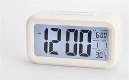2ab79ab9326 Inteligente Sensor de Mesa Relógios de Mesa Mudo Luz Noturna Despertador  Digital Com Temperatura Termômetro Calendário Brilhando No Escuro 14zj jj  relógio ...