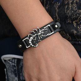 2018 Punk Skorpion Wrap Armband für Männer Mann Frauen breites Leder Tier  Armband Freundin Freund Geschenk Hip Hop Silber Schmuck leder skorpion  armbänder ... a8bcadeedc