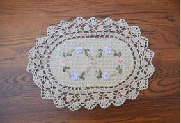 23 * 32 cm ovale coton crochet dentelle napperons fleurs broderie table tapis de ruban brodé disque pad coaster pour la décoration intérieure ? partir de fabricateur