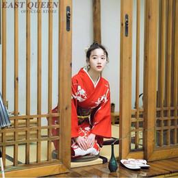Vestido tradicional kimono japonés cosplay mujeres yukata mujeres haori  Japón traje de geisha obi kimonos mujer 2018 KK2247 barato trajes de cosplay  japón e5816b5836c0