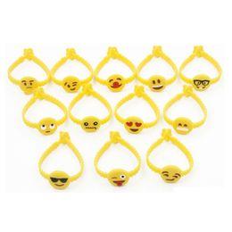 2019 braccialetti di evento all'ingrosso all'ingrosso Volto sorridente pvc materiale vinile wristband / braccialetto, braccialetti per eventi, festival braccialetti veloci spedizione LX0418 braccialetti di evento all'ingrosso economici