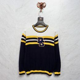 Mejores hombres suéter de invierno online-18ss Lujo Invierno Europa Italia Diseño suéter Moda Hombres 84 Imprimir O-cuello suéter de lana de manga larga sudadera hombres mejor calidad chaqueta