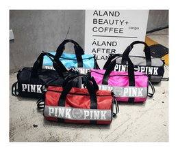 Wholesale sport duffle bag wholesale - Sport Bags For Women Luxury Handbags Pink Letter Large Capacity Travel Duffle Striped Waterproof Beach Bag on Shoulder for Fitness