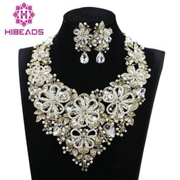 Wholesale Pearl Jade Flower Earrings - whole saleLuxury Pearl Flowers Statement Necklace Drop Earrings Set Crystal Fashion Bridal Wedding Party Prom Jewelry set For Brides WC016