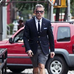 Cappotto da indossare quotidianamente casual da spiaggia estate con  pantaloncini corti f037d1d42e0