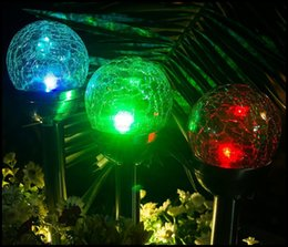 Solar LED Lampada da prato Crystal Crackle Ball Outdoor impermeabile LED Solar Powered Prato Luci Garden Path Lanterne di palo Lampade LLFA da sfere impermeabili di luce fornitori