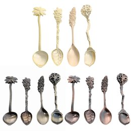 Wholesale Royal Pc - Elegant 4 Pcs Set Kitchen Dining Bar Coffee Spoon Vintage Royal Style Alloy Carved Flatware Dessert Spoon