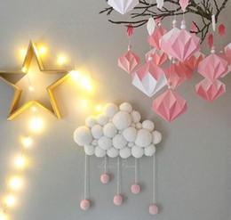 Kinder plüsch sitz online-Woolen Ball String Dekoration Wolke Form Anhänger Bett Zimmer spielen hängende Dekoration Baby hängenden Bett Sitz Plüschtier Hand Kids Home Decor