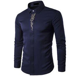 NUEVO 2018 primavera otoño traje de bordado de alto grado oculto-entrelazado de manga larga ropa de hombre Tuxedo Vestido de noche Camisas desde fabricantes