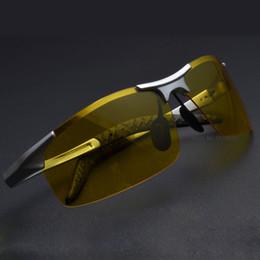 53692539e90b5 Venda quente dos homens de alumínio-magnésio motoristas de carro óculos de  visão noturna anti-reflexo polarizador óculos polarizados óculos de condução  + ...