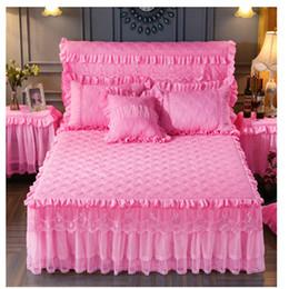 розовый коричневый покрывало Скидка Бесплатная экспресс-доставка стеганые мягкие кружевные простыни высокого качества кружева bedskirt принцесса кровать наматрасник теплый покрывало