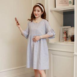 Pflegekleidung tragen online-Sommer Mode Mutterschaft Pflege Kleid Gestreifte Baumwolle Lose Stillen Kleidung für Schwangere Schwangerschaft Casual Wear