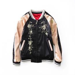 Chaqueta bordado damas online-Floral Tigre Patrón Bordado Moda Mujeres Bomber Jacket Señoras Ocasionales Sukajan Ambos Lados Desgaste Cremallera Abrigo Abrigos Mujer