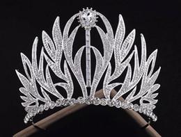 Cabelo de luxo on-line-Nova tiara de noiva de luxo coroa europeia Retro casamento barroco princesa enfeites de cabelo jóias de casamento