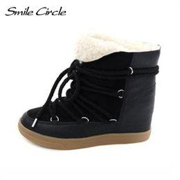 Botas de elevador on-line-Venda quente 2018 Botas de Inverno Mulheres Sapatos Botas de Salto Cunha Oculta Mulheres Elevador Sapatos Lace-up Sapatos Casuais Para As Mulheres Ankle Boots