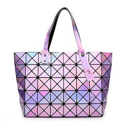 Wholesale Handbag Mirror Silver - Women Diamond Lattice Tote Geometry Quilted Shoulder Bags Holographic Handbag Lady Sequins Mirror Saser Bag