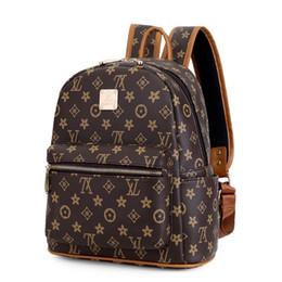 2019 mochila de marca estilo estrella Moda mujer mochila mochila estudiante mochila de alta calidad de cuero mochilas femeninas para las niñas adolescentes mochila