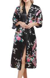 2019 pijamas de navidad de manga corta Mujer Elegante Largo Parte Kimono Bata de baño Ropa de Dormir Satén Cuello en V Media Manga Peacock Floral Impreso Vestido de Damas de Honor para Mujer con Cinturón