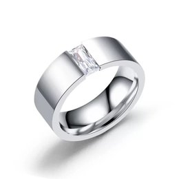 2019 любовь полосы золотой дизайн MGFam (236R) Белый Квадрат CZ кольца для мужчин ювелирные изделия мода 316L титана стали без изменения цвета Glod