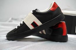 Argentina Zapatillas de deporte al por mayor de los hombres zapatos de las mujeres verde raya roja zapatillas de diseñador de lujo zapatos casuales con tamaño de caja original de alta calidad 34-46 para la venta supplier red stripe wholesale Suministro