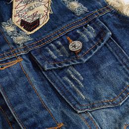 2019 patch punk della maglia ROKEDISS Jeans uomo Gilet senza maniche Giacche Moda Patch Disegni Punk Rock Style Strappato Cowboy Frayed Denim Vest Tanks W102 patch punk della maglia economici