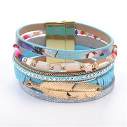 Canada Cuir Wrap Bracelet Aimant Femmes Cristal Bracelet Feuille D'or Plume Chaîne Charme Bracelet Manchette Bijoux De Mode Drop Shipping KKA1885 Offre