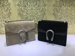 20 cm Nuevo estilo clásico europeo de lujo bandolera Decoración de cadena hecha de cuero color metal suave y multicolor puede elegir desde fabricantes