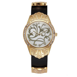 Wholesale stainless steel back water resistant - Gold Watch Women Dress Flower Article Montre Homme Marque De Luxe Stainless Steel Back Water Resistant Relogio Feminino
