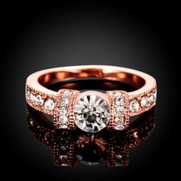2019 anillo de diamantes de cristal swarovski 18k Anillos de oro para mujer Moda para hombre Anillos de boda Diamante Swarovski Cristal 18 quilates de plata de ley 925 Chapado en plata 925 Anillos de diamantes de cristal de boda rebajas anillo de diamantes de cristal swarovski 18k