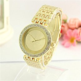 Wholesale Ladies Large Dial Watch - Luxury watch Double Row Rhinestones Dial Large letters Ladies Watch Alloy watch men and women fashion Quartz Watches Wholesale