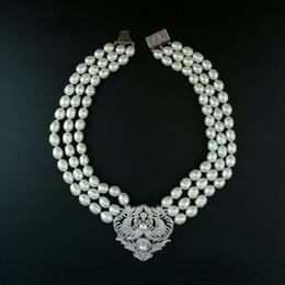 Perles de culture en Ligne-Charmant 3 brins 9-11mm riz blanc perle de culture d'eau douce micro incrustation zircon double phoenix accessoires boucle fleur chandail collier