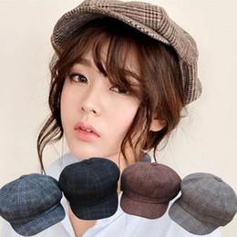 18 nuovi berretti invernali per il tempo libero cappello caldo burlone freeshipping da berretto rosso maglia fornitori