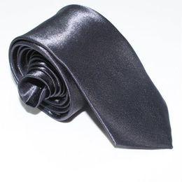 Gravata de cetim de seda preta sólida on-line-Moda Homens Mulheres PRETO Skinny Cor Sólida Planície de Cetim de Poliéster Gravata de seda Gravata Pescoço 20 cores 5 cm x 145 cm