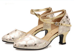 Wholesale Women Ballroom Dancing Shoes - Ladies Polka Dot Genuine Leather Latin Dance Shoes Rubber Sole Crisscross Ankle-strap Closed-toe Modern Dance Shoes Outdoor